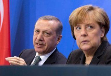 erdogan_and_angela-large_transzgekzx3m936n5bqk4va8rwtt0gk_6efzt336f62ei5u