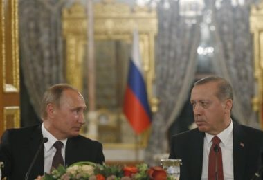 645x344-erdogan-putin-discuss-attack-on-turkish-soldiers-in-syria-1480087921706