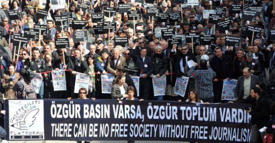 tgf_basin_ozgurlugu_karnemiz_kirik_notlarla_dolu_h348