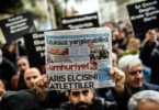 "Members of journalism unions shout slogans and hold placards ""reading: Freedom for journalist"" on November 29, 2015 in Istanbul, during a demonstration after the arrest of their Editor in Chief. A court in Istanbul charged two journalists from the opposition Cumhuriyet newspaper with spying after they alleged Turkey's secret services had sent arms to Islamist rebels in Syria, Turkish media reported. Editor-in-chief Can Dundar and Erdem Gul, the paper's Ankara bureau chief, are accused of spying and ""divulging state secrets"". Both men were placed in pre-trial detention. AFP PHOTO/OZAN KOSE / AFP / OZAN KOSE        (Photo credit should read OZAN KOSE/AFP/Getty Images)"