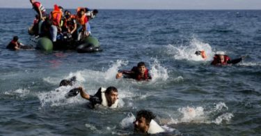 migrants-dinghy-boat